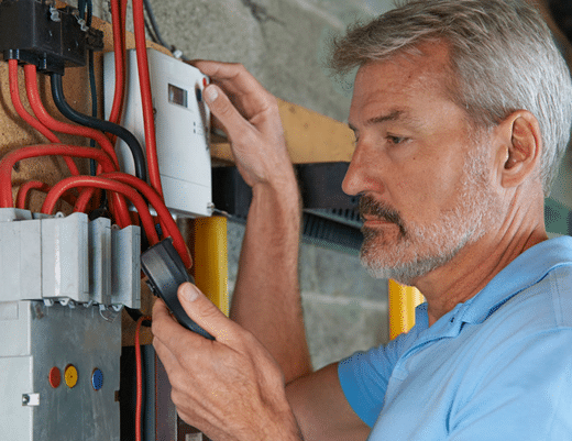 Why you should hire an electrician for home electric repairs